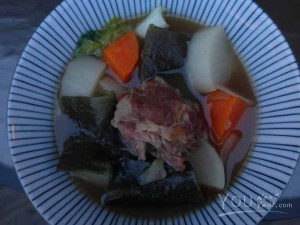 Rich, Hearty Okinawan soup - full of flavour and goodness. Beef, daikon, carrots, seaweed.