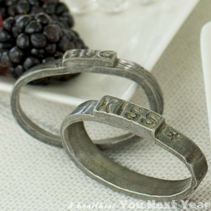 Hug and Kiss napkin rings for a romantic dinner